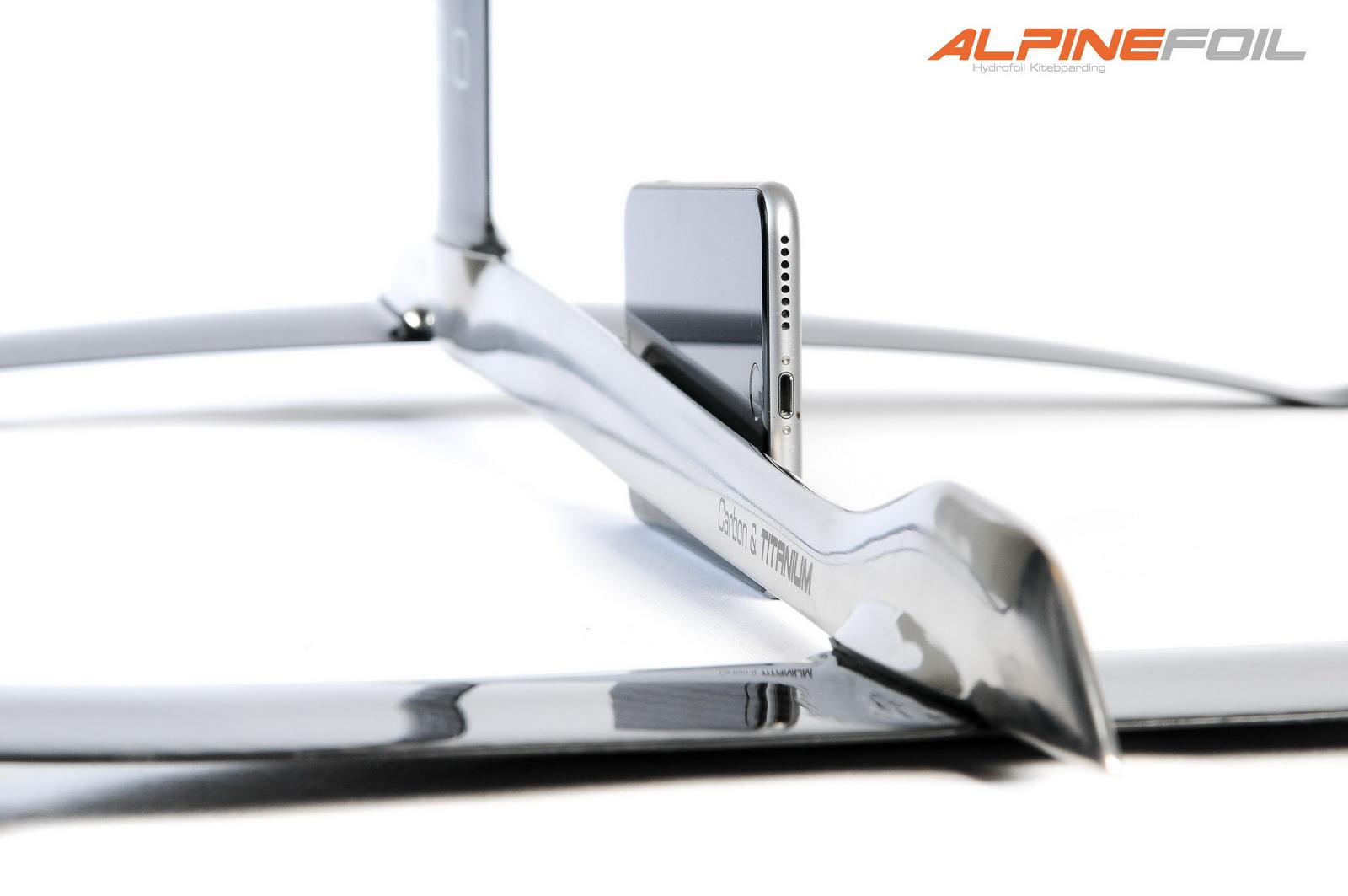 Kitefoil alpinefoil carbon titanium 2