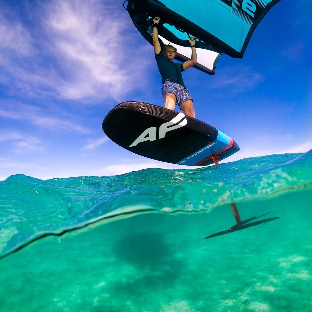 WIng foil / Surf Foil Hawk  - 1299 euros